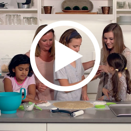 Play Kids' Cookie Baking Set Video