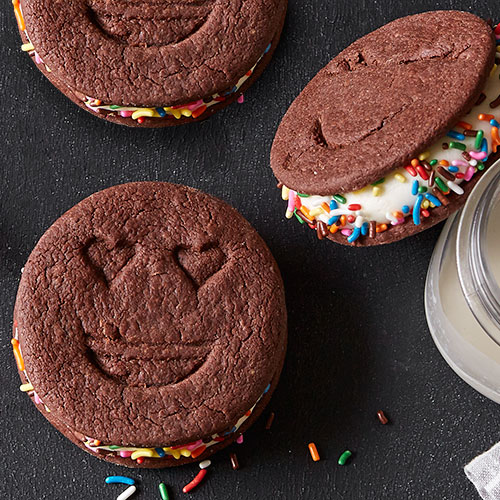 Frozen Chocolate Sandwich Cookies
