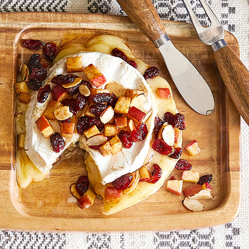 Baked Brie with Apples & Cranberries