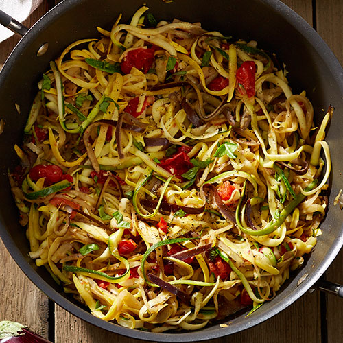 Veggie Noodles with Fresh Tomato-Basil Sauce